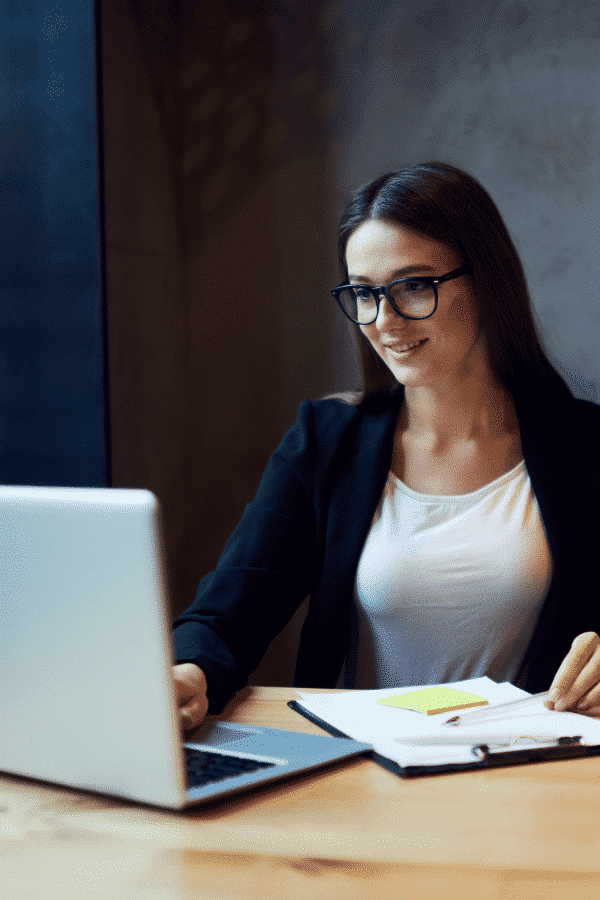 how to email a hiring manager